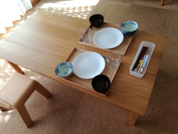 「食卓」についての葛藤は「子供の食卓はダイニングテーブル派・ローテーブル派?」で書きましたが、今回は「数あるローテーブルから無印良品・無垢材を選んだ理由」  ...